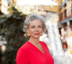 Eline Holten is recommending Smeenk's Personal Assistants